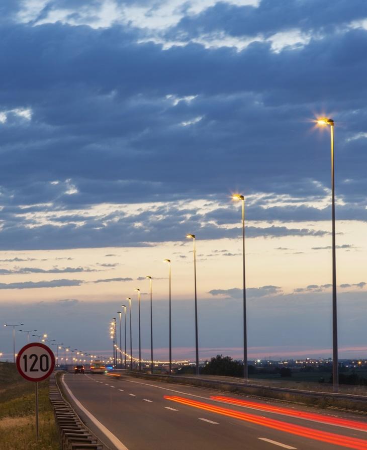 Lights side the road